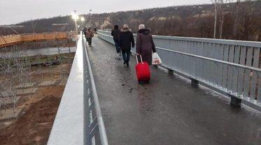 При восстановлении взорванного моста украли больше 10 миллионов - фото 1
