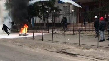 В Каховке после бунта обезглавили полицию. Раскрыты детали - фото 1