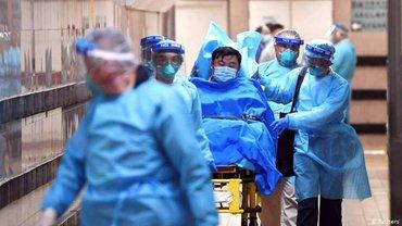 Китайский коронавирус обогнал по смертности своего предшественника, который лютовал в 2003-м - фото 1