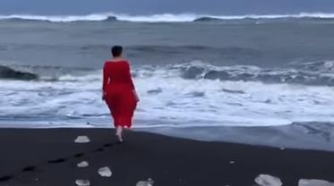 Савченко невесть зачем окунулась в Северный ледовитый океан - фото 1