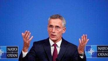"""Столтенберг видит, что """"мирные инициативы"""" к миру не ведут - фото 1"""