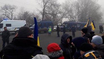 Украинцы демонстрируют свою дикость - фото 1