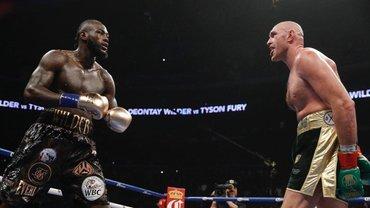 Тайсон Фьюри уничтожил Деонтея Уайлдера в ринге - фото 1