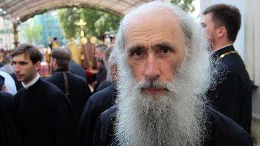 Чиновники не знают, как в Киеве появились попы из Почаева - фото 1