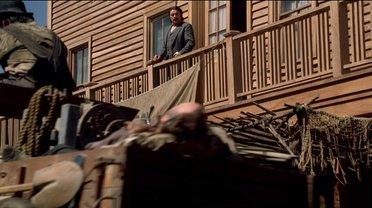 Выходит утром на балкон...  - фото 1
