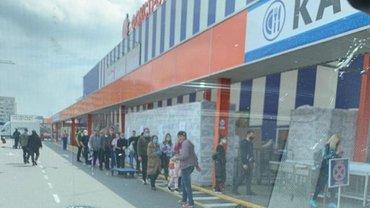 Мэры бунтуют против открытых Эпицентров и закрытого бизнеса - фото 1