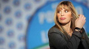 Алессандру Муссолини засунули в санкционный список по ошибке - фото 1