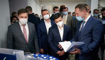 Сергей Шкарлет принимает президента - фото 1
