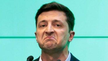 Впервые в истории: Большинство украинцев не одобряют действия Зеленского - фото 1