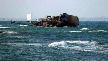 """Море возле танкера """"Delfi"""" больше  не загрязнено - заявление  - фото 1"""