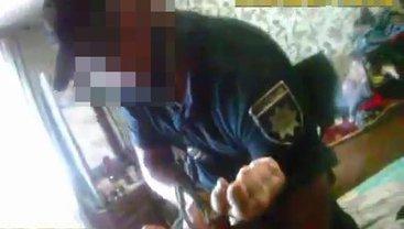 Менты сломали руку мужчине, которого приехали задерживать - фото 1
