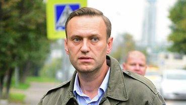 Соратники Навального попросили вывезти его за границу - фото 1