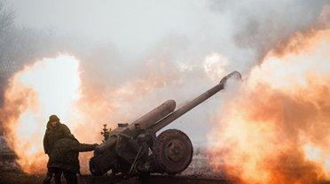 """Боевики """"ДНР"""" пригрозили уничтожить позиции ВСУ: Украина созвала срочное заседание - фото 1"""