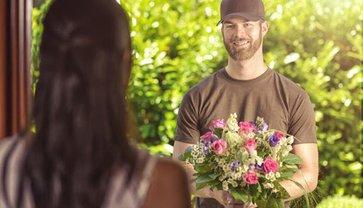 Доставка цветов – полезная и удобная услуга - фото 1