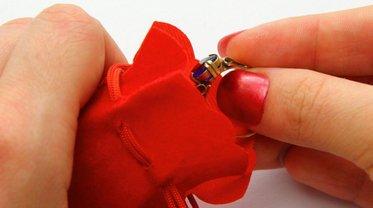 Как правильно ухаживать за золотыми кольцами - фото 1