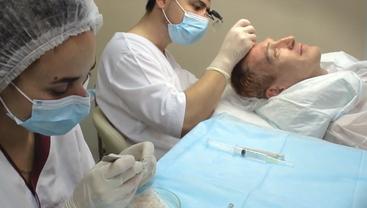 Пересадка волос – один из действенных методов борьбы с облысением - фото 1