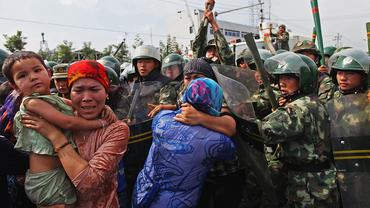 Китай системно порушує права людини - фото 1