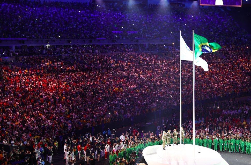 Украина вышла на открытие Олимпиады в Рио 195-ой из 207 стран-участниц - фото 7608