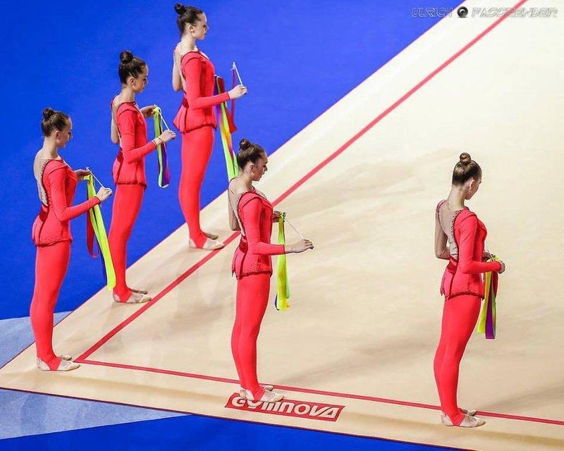 Украинки выходят в финал по художественной гимнастике на Олимпиаде в Рио - фото 9461