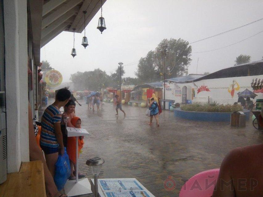 Мощный ураган в Одесской области: есть погибшие и раненые  - фото 7760