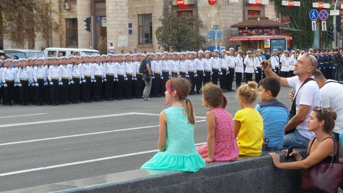 В Киеве проходит финальная репетиция военного парада ко Дню Независимости - фото 9742
