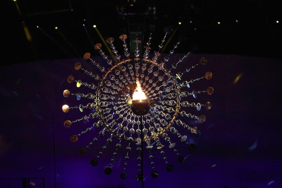 Украина вышла на открытие Олимпиады в Рио 195-ой из 207 стран-участниц - фото 7607