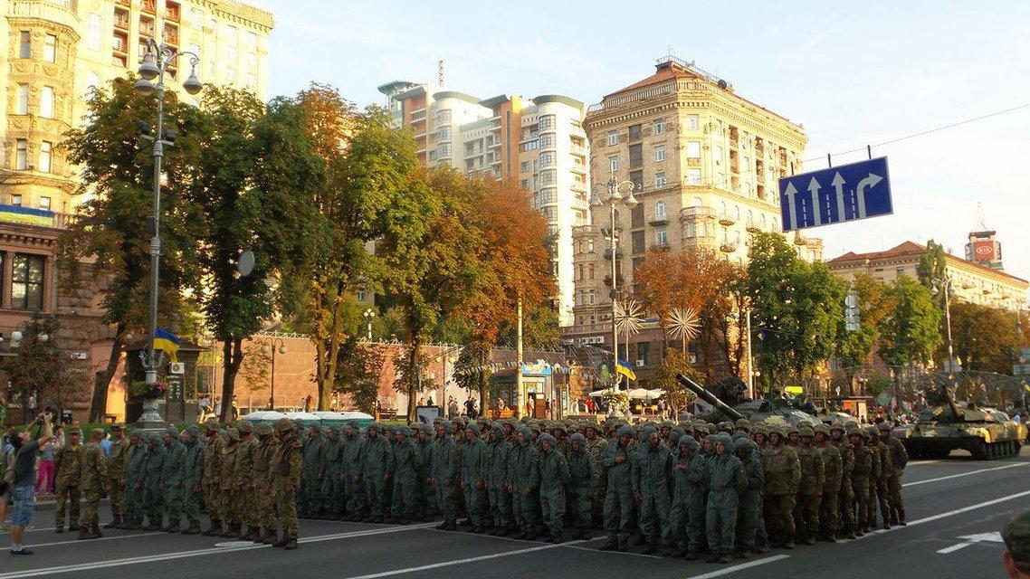 В Киеве проходит финальная репетиция военного парада ко Дню Независимости  - фото 9740