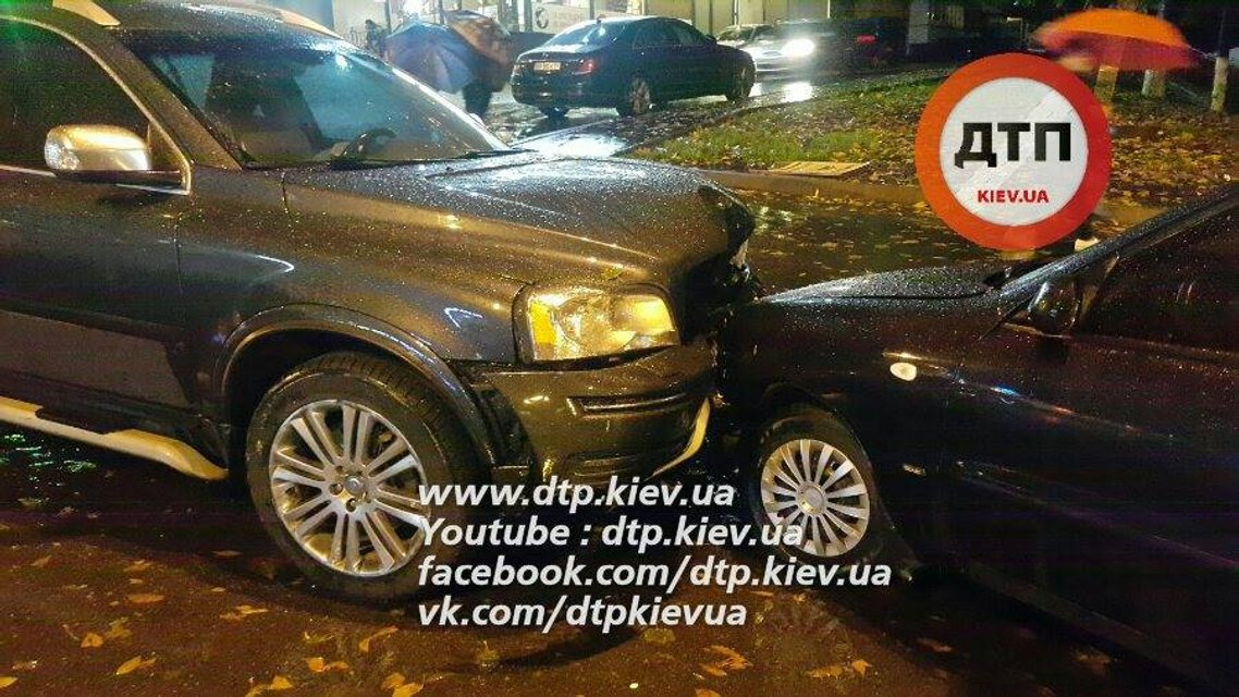 В Киеве ДТП с участием 6 автомобилей - пострадало трое человек - фото 16446