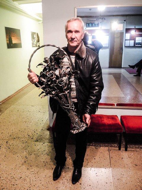 Запрещенный в Украине Кобзон дал концерт в оккупированном Донецке - фото 17377