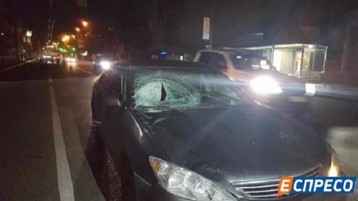 Смертельное ДТП в Киеве - Toyota сбил пешехода - фото 17465