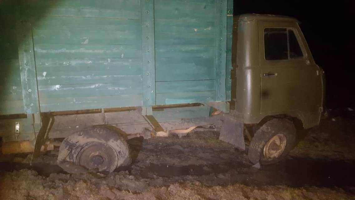 Украинцы со стрельбой пытались провезти в Россию контрабанду автозапчастей - фото 22665