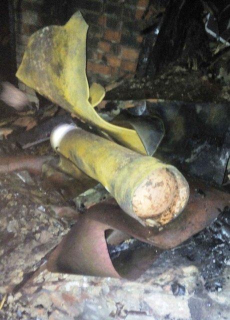 Из-за взрыва и ночного пожара в Кривом Роге пострадало 4 человека - фото 20460