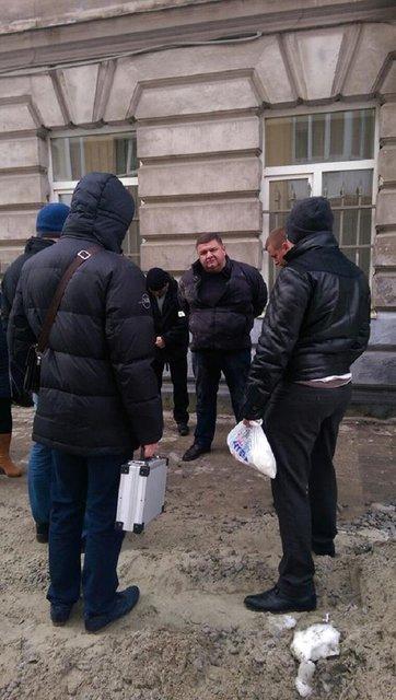 Чиновника, подозреваемого по делу свалки под Львовом, задержали на взятке - фото 22169