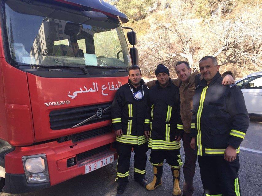 Арабские огнеборцы пришли на помощь Хайфе - фото 23786