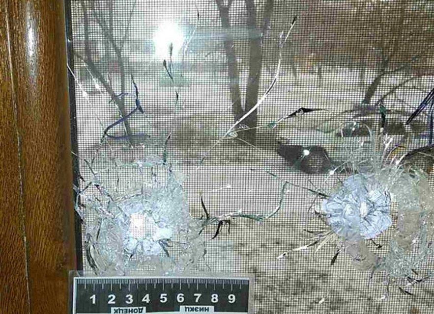 В Бахмуте обстреляли офис местной телекомпании  - фото 24218