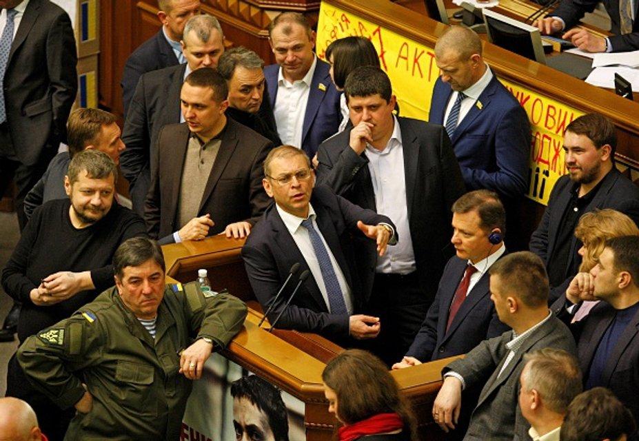 Грабуй награбоване. Чому депутати не хочуть повернути українцям вкрадене Януковичем - фото 19994