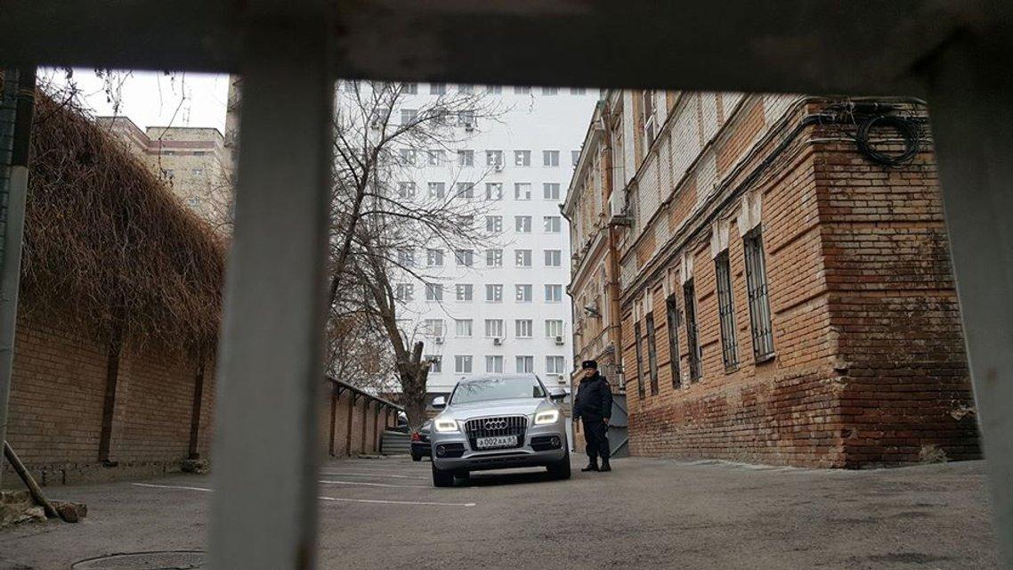 Допрос Януковича: онлайн-трансляция - фото 23359
