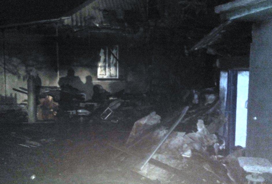 Из-за взрыва и ночного пожара в Кривом Роге пострадало 4 человека - фото 20458
