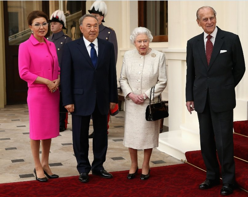 назарбаев и королева елизавета