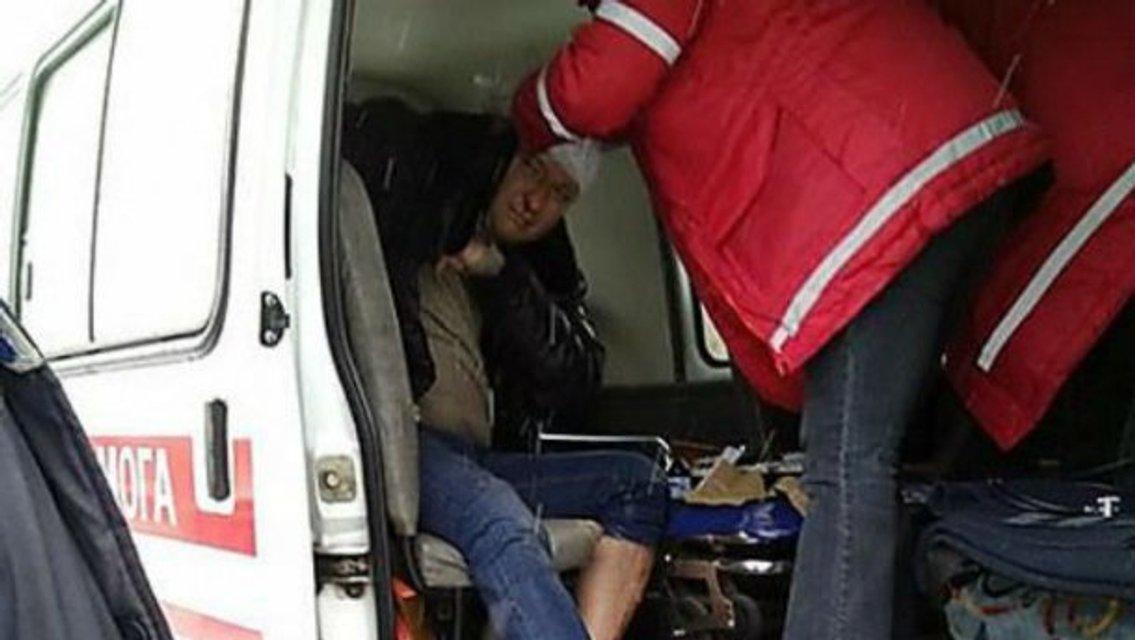 """В Николаеве """"Деды Морозы"""" побили депутата Барну - фото 26461"""
