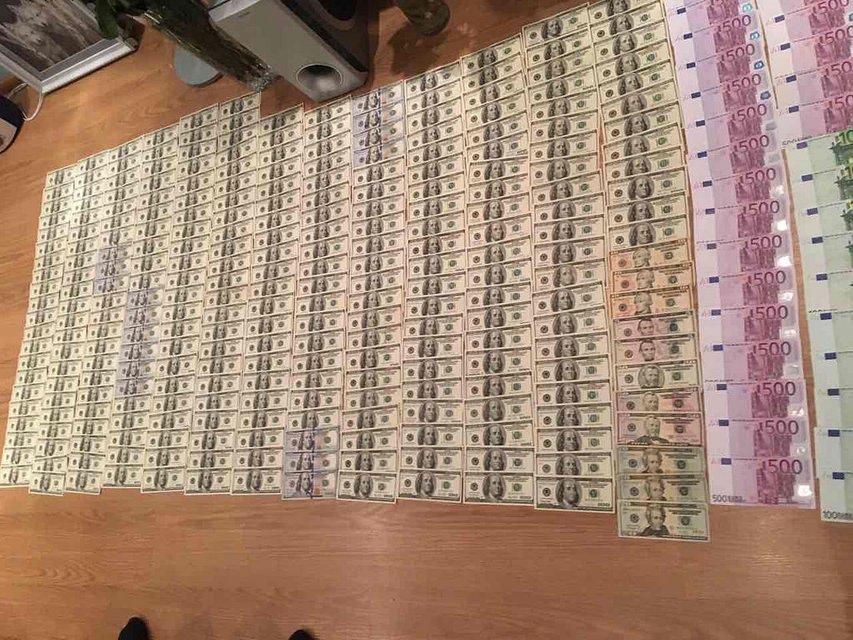 СБУ разоблачила масштабную схему контрабанды продуктов в «ДНР» и «ЛНР»  - фото 26913