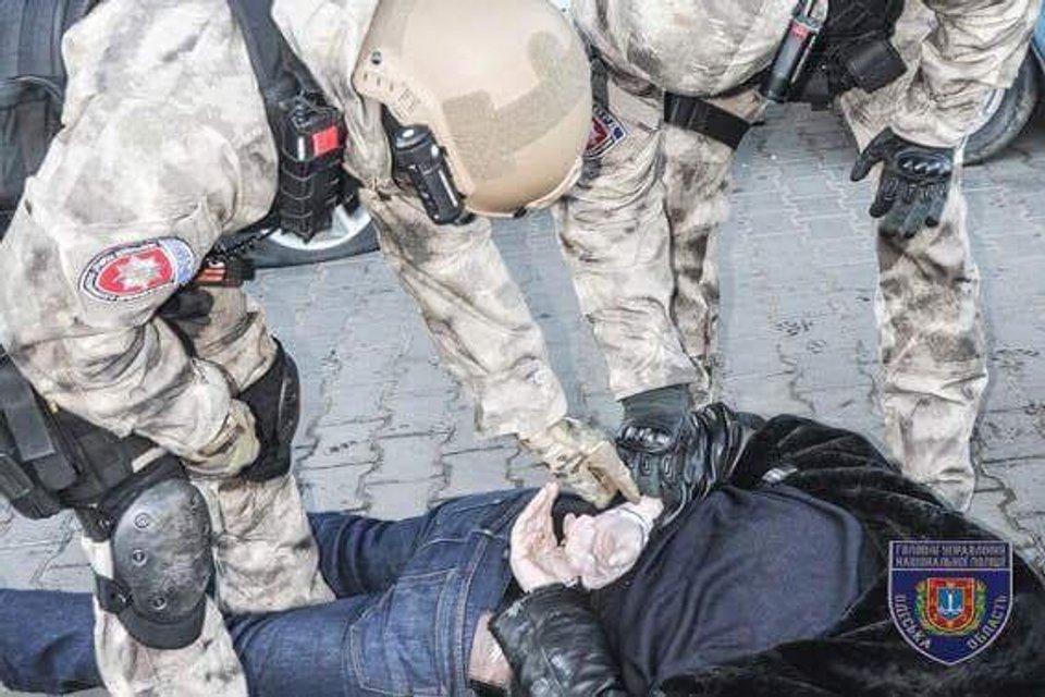 В Нацполиции рассказали о задержании семь банд опасных преступников - фото 25529