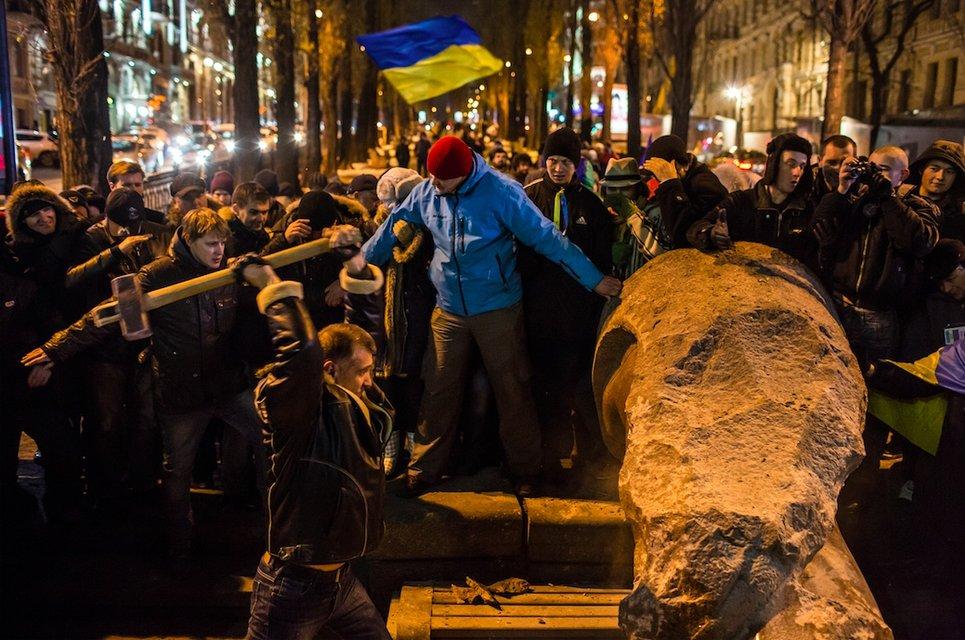 Лише початок. Київ рівно три роки тому - фото 25716