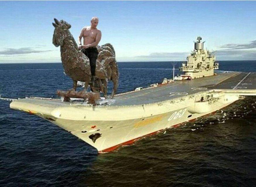 ТОП-10 главных мемов месяца: от агента 007 Пашинского до Визового Почекуна - фото 32355