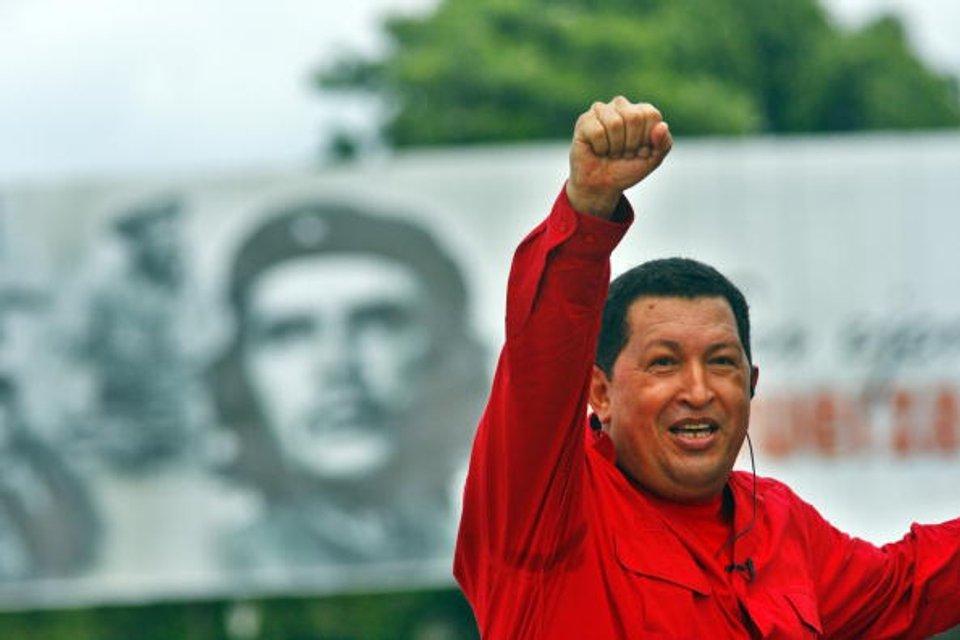 Уго Чавес запустив бомбу уполвільненої дії - фото 29631