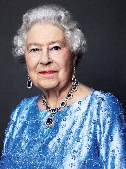 Эпоха Елизаветы. Королева Великобритании отмечает 65 лет правления на троне - ФОТО - фото 33279