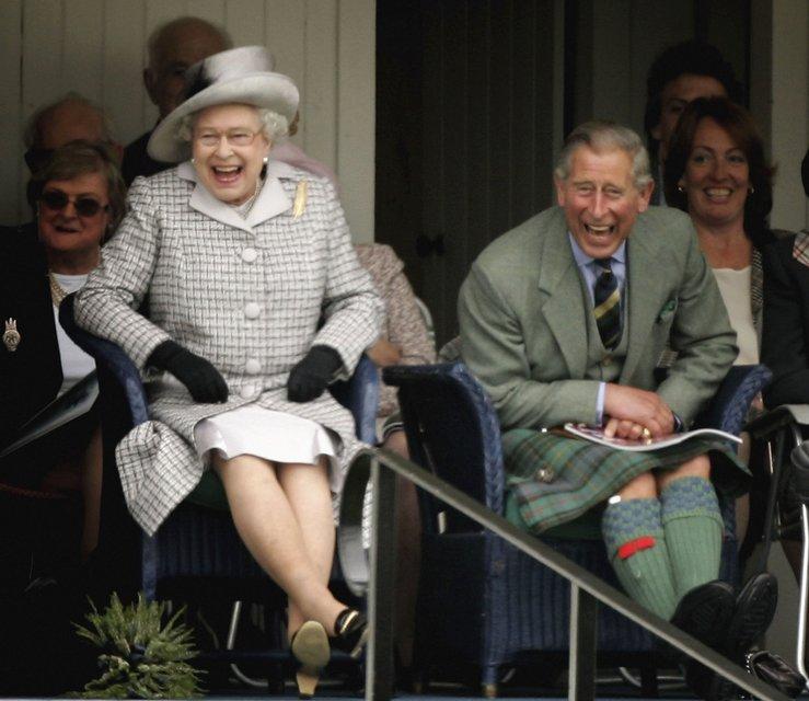 Эпоха Елизаветы. Королева Великобритании отмечает 65 лет правления на троне - ФОТО - фото 33289