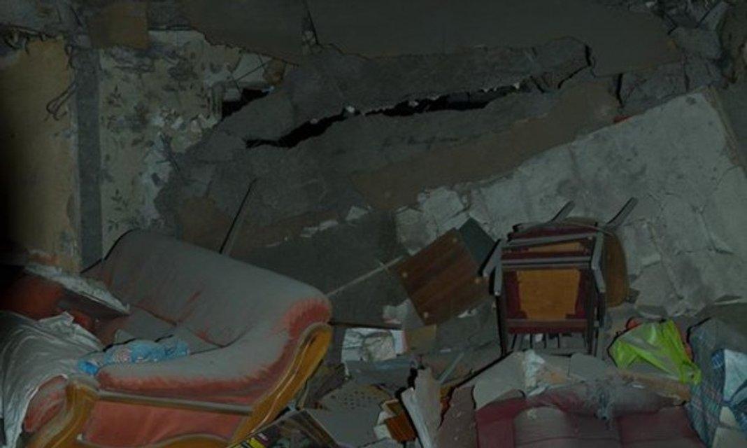 Пресс-центр АТО опубликовал фото последствий обстрела боевиками Авдеевки - фото 34887