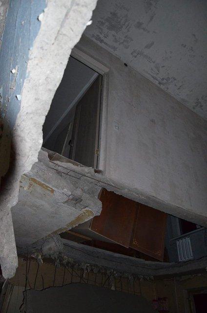 Пресс-центр АТО опубликовал фото последствий обстрела боевиками Авдеевки - фото 34889