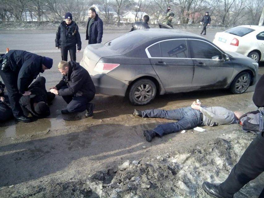 В Кропивницком вблизи здания суда произошла перестрелка - фото 35347